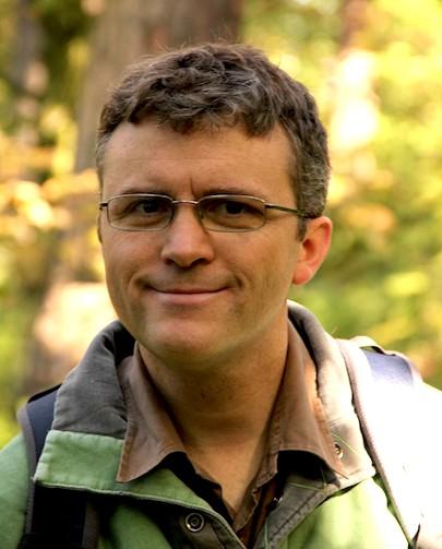 Dr Ian Thompson